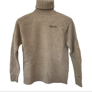 Roots 100% wool turtleneck sweater M beige EUC